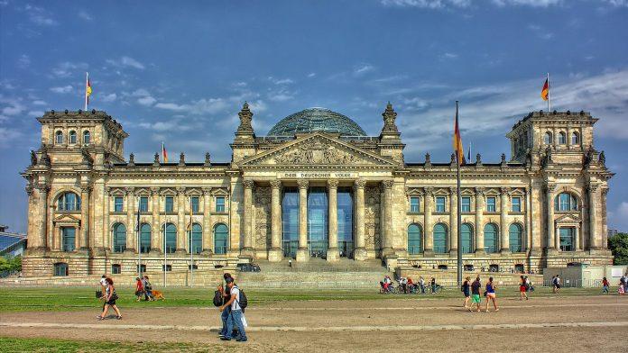 Berlin Regierung Reichstag Glaskuppel