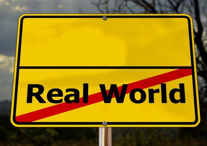 Stoppschild: Real World